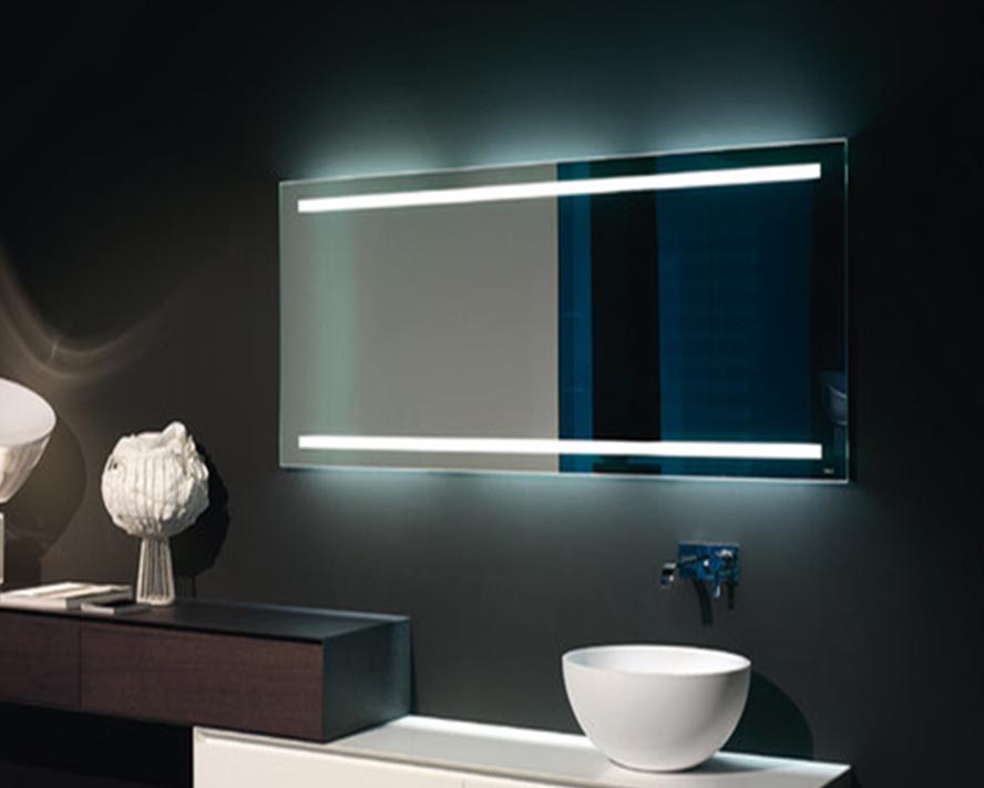 LED огледало с комбинирано осветление