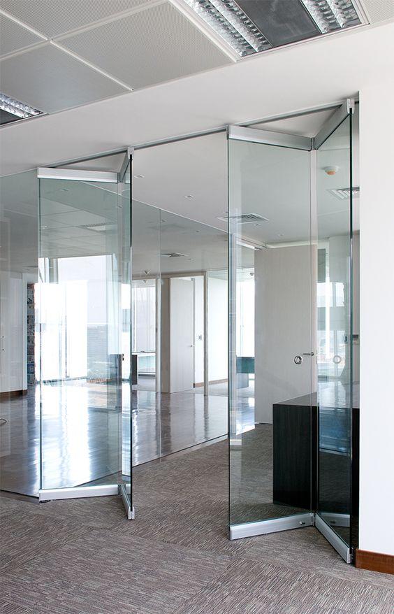 Стъклена преграда Fold 2