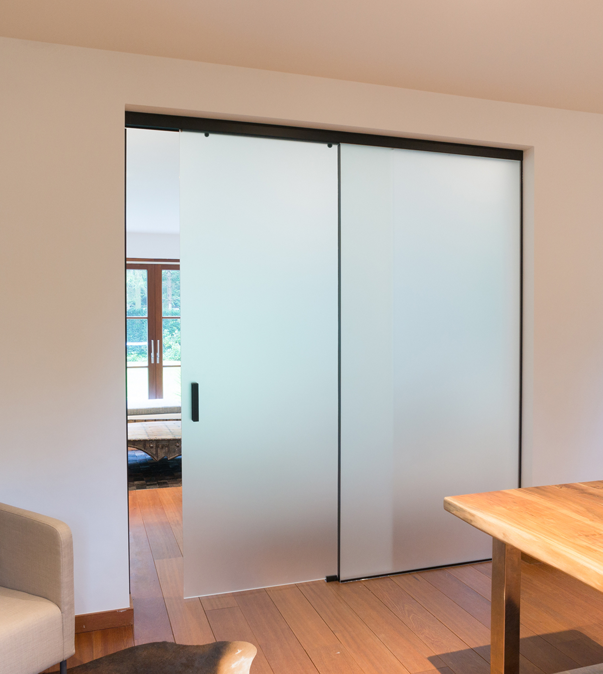 Стъклена преграда EOS frameless